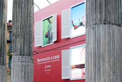 Comunicazione digitale brand viaggi Airbnb